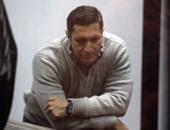 علاء وجمال مبارك لأول مرة بالزى المدنى أمام المحكمة