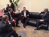 وزير الاتصالات يلتقى رؤساء ماستركارد وأورانج ومايكروسوفت على هامش المؤتمر الاقتصادى
