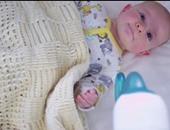 بالفيديو والصور.. تطبيق لتهدئة الأطفال ومساعدتهم على النوم