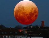 البحوث الفلكية: القمر الأزرق يتلألأ فى سماء القاهرة الليلة