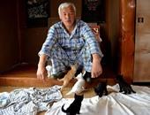 يابانى يعرض حياته للخطر ويعيش فى منطقة إشعاعات نووية لإطعام الحيوانات