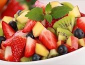 الطماطم والأفوكادو والبيض أطعمة تساعدك فى الحفاظ على جمالك
