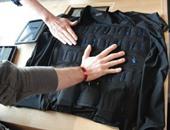 بالصور.. علماء يطورون ملابس ذكية جديدة تزودك بالحاسة السادسة