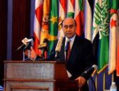 مهاب مميش: الرئيس طلب البدء فى 3 مشروعات تنمية مع قناة السويس الجديدة
