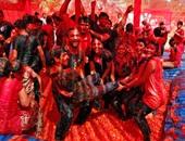 الهند تحتفل اليوم بمهرجان الألوان