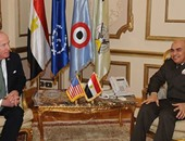 صدقى صبحى يلتقى رئيس اللجنة الفرعية للدفاع بمجلس النواب الأمريكى