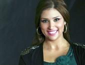 الإعلامية آيات أباظة زوجة عمرو محمود ياسين تعلن إصابتها وابنتها بكورونا
