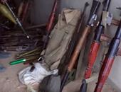 """بالصور.. """"داعش"""" يسيطر على مستودع أسلحة تابع للجيش السورى"""