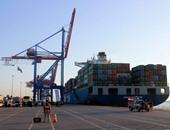 ميناء غرب بورسعيد يستقبل 8660 طن حديد