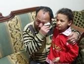 بالفيديو.. أب ينجح فى استعادة ابنته فى طنطا بعد 5 أيام من هروبها بسبب بطش والدتها