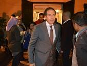 """مصطفى حجازى: معرض """"من فيض الأسماء الحسنى"""" لا يتعامل مع حرفية الخط بل مع جوهر الاسم"""