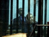 """بالفيديو والصور.. """"علاء وجمال"""" مبارك فى قفص الاتهام المخصص لـ""""مرسى"""" بالتخابر مع قطر"""