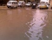 توقف حركة المرور بسبب كسر بماسورة مياه فى شارع السودان بالجيزة