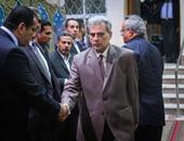 بالصور.. بدء عزاء المفكر على مبروك بحضور رئيس جامعة القاهرة