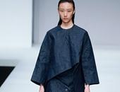 """الجينز يسيطر على عرض مصمم الأزياء """" Zhao Qianyan"""""""