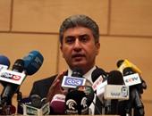 """وزير الطيران: من المبكر تحديد سبب سقوط طائرة """"مصر للطيران"""""""