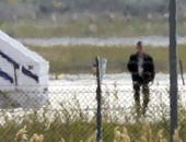 بالفيديو.. لحظة القبض على مختطف الطائرة المصرية بمطار لارنكا