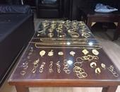ضبط مرتكب واقعة سرقة مشغولات ذهبية من شقة سكنية بسوهاج