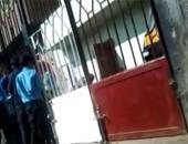 بالفيديو.. أولياء أمور طلاب المعهد الأزهرى بنبروه يتضررون من الباعة الجائلين