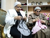 """""""طنط عزة"""" افتتحت مشروع كروشيه لإنقاذ السيدات من يأس ما بعد ال50"""