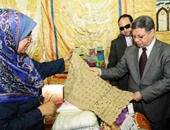 وزير القوى العاملة يفتتح معرضا للفنون التشكيلية لـ120 عاملا بـ30 منشأة