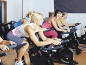 ابدأى يومك بالرياضة..5 تمارين بسيطة تساعدك على التخلص من زيادة الوزن