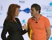 بالصور.. بانديراس وسارة فيرجسون فى مؤتمر لدعم الأعمال الخيرية بالمكسيك