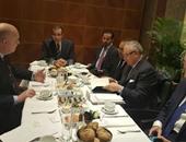 """وزير السياحة يجتمع بممثلى شركة """"تيوى"""" الألمانية قبل افتتاح معرض ITB"""