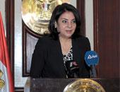 درية شرف الدين: لا أعتبر نفسى وزيرة حتى حلف اليمين