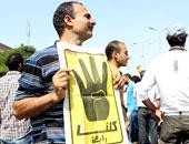 3مايو النطق بالحكم على المتهم برفع شعار رابعة أمام محافظ المنيا بعيد الأضحى