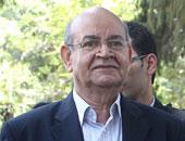 محافظ الجيزة يبحث حركة تغييرات لرؤساء الأحياء خلال أيام