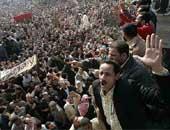 عمال المحلة يرفضون دعوات 6 إبريل للإضراب.. ويؤكدون: مستمرون فى العمل