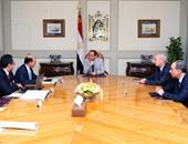 الرئيس يوجه بالبدء فى الترويج الدولى لمشروعات قناة السويس الاستثمارية