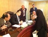 محافظ الفيوم يعقد لقاءه الدورى للاستماع لمشاكل المواطنين