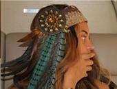 """بيونسيه ترتدى ساعة أبل الذكية وتتحول لواحدة من """"الهنود الحمر"""""""