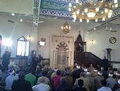 مشادات بسبب الخطبة المكتوبة فى مصطفى محمود والمصلون يطالبون بالارتجال