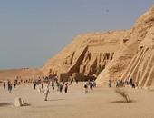 """طلاب بـ""""آداب المنوفية"""" يدشنون فعالية للترويج لتعامد الشمس على معبد أبو سمبل"""