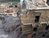 استخراج جثة شاب توفى أسفل منزل الأزبكية المنهار