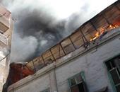استخراج أشلاء من تحت أنقاض مصنع الزيوت المحترق بالغورية ونقلها للمشرحة