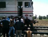 وزارة النقل: حادث أسوان ناتج عن اقتحام سيارة لمزلقان مغلق ومؤمن
