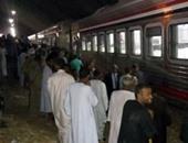 مصرع طفل صدمه قطار بأسوان