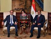 """""""الإليزيه"""": فرنسا ومصر وقعتا عقودا بـ 2 مليار يورو"""