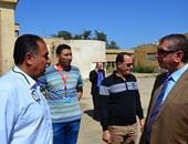 بالصور والفيديو.. محافظ كفر الشيخ: حزين على الإهمال بمصنع سحا للألبان
