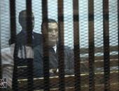 """بالفيديو والصور.. وصول جمال وعلاء مبارك لمقر محاكمتهما بـ""""التلاعب بالبورصة"""" بأكاديمية الشرطة"""