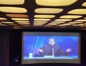 باسم يوسف يتعرض لشتائم من مصريين بلندن خلال عرض مسرحى يحرض ضد مصر