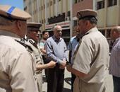 مدير أمن دمياط يتفقد الخدمات الأمنية ويحذر من أعمال العنف والتخريب