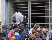 ناشط فرنسى: المهاجرون يقتحمون المدارس لعدم الموافقة على طلبات لجوئهم