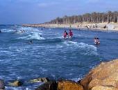 بالصور.. كيف تقضى يومًا على رمال شاطئ العريش بأقل التكاليف