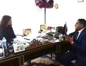 """مبادرة لحملة الإعفاء الجمركى لضخ 12 مليار دولار بـ""""المركزى"""" و""""تحيا مصر"""""""