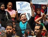بالصور.. مسيرة الصحفيين تصل دار القضاء العالى.. والمشاركون يرفعون الأقلام